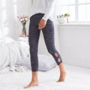 Aerie Chill Play Move 3/4 crop leggings